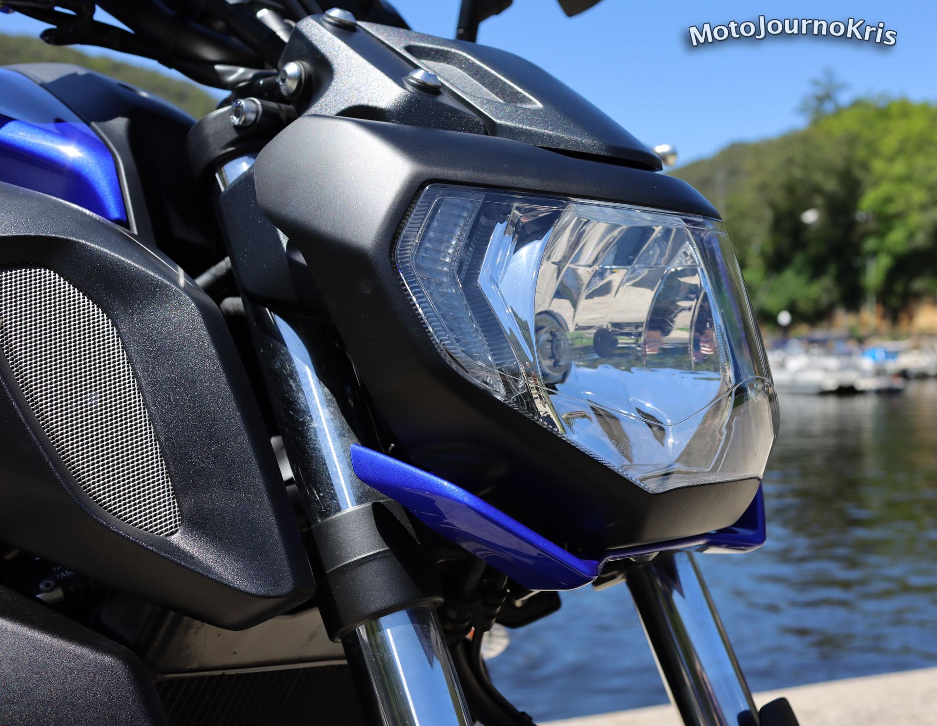 Yamaha MT-07 headlight