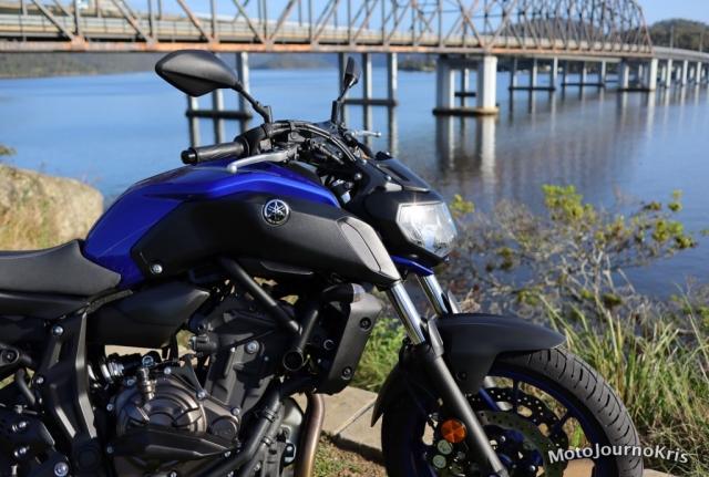 Yamaha MT-07 with no screen