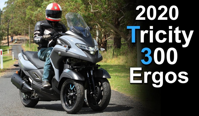 2020 Yamaha Tricity 300 Ergonomics and Seat Height